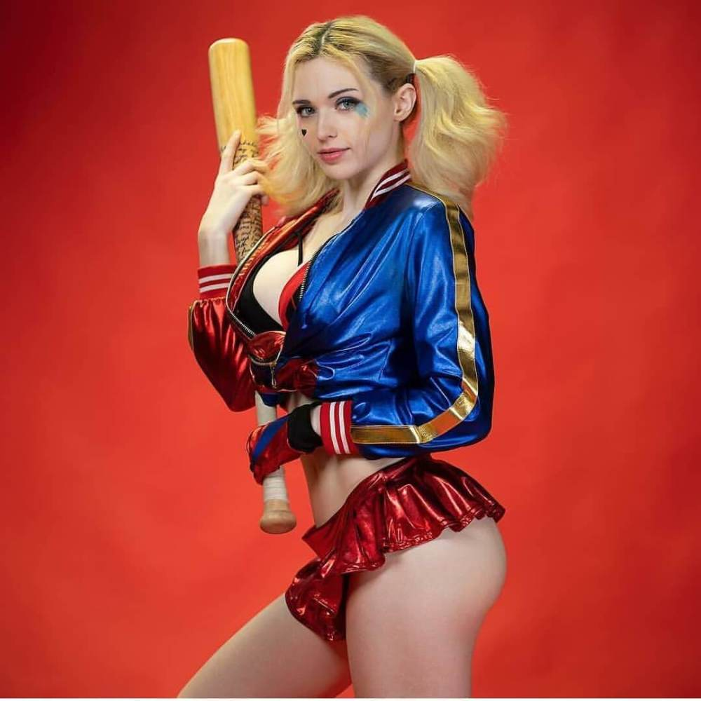 49 Finest Harley Quinn Gigantic Booty..