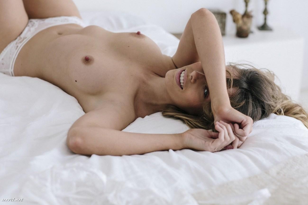 Australian model Anthea Page naked..