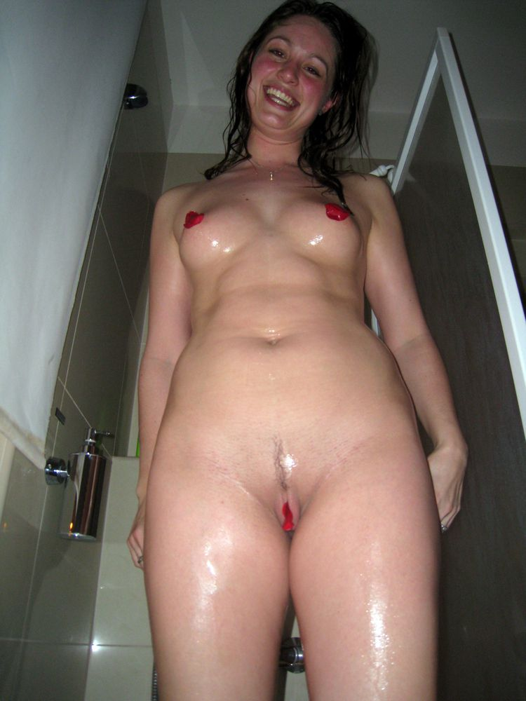 See my uber-cute gf naked  from vacation