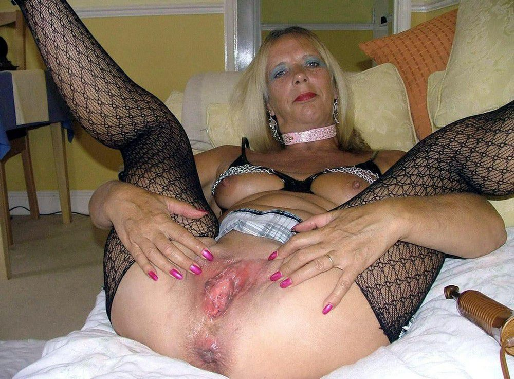 Mature mingle porno images, only older..