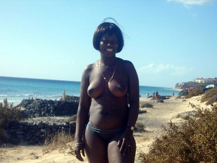 Yam-sized black  bare-chested has..