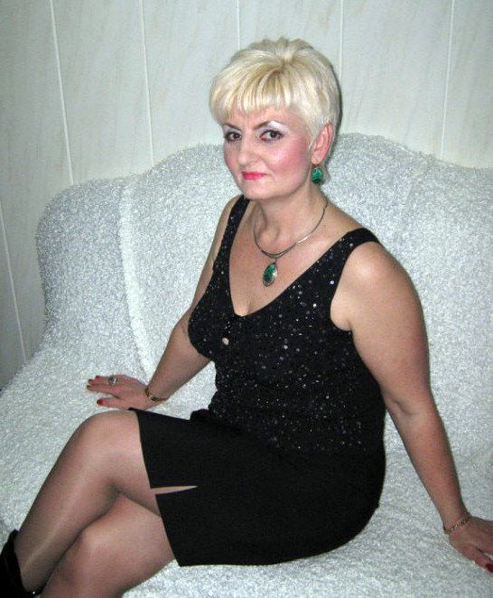 Uber-sexy and  mature girls in..