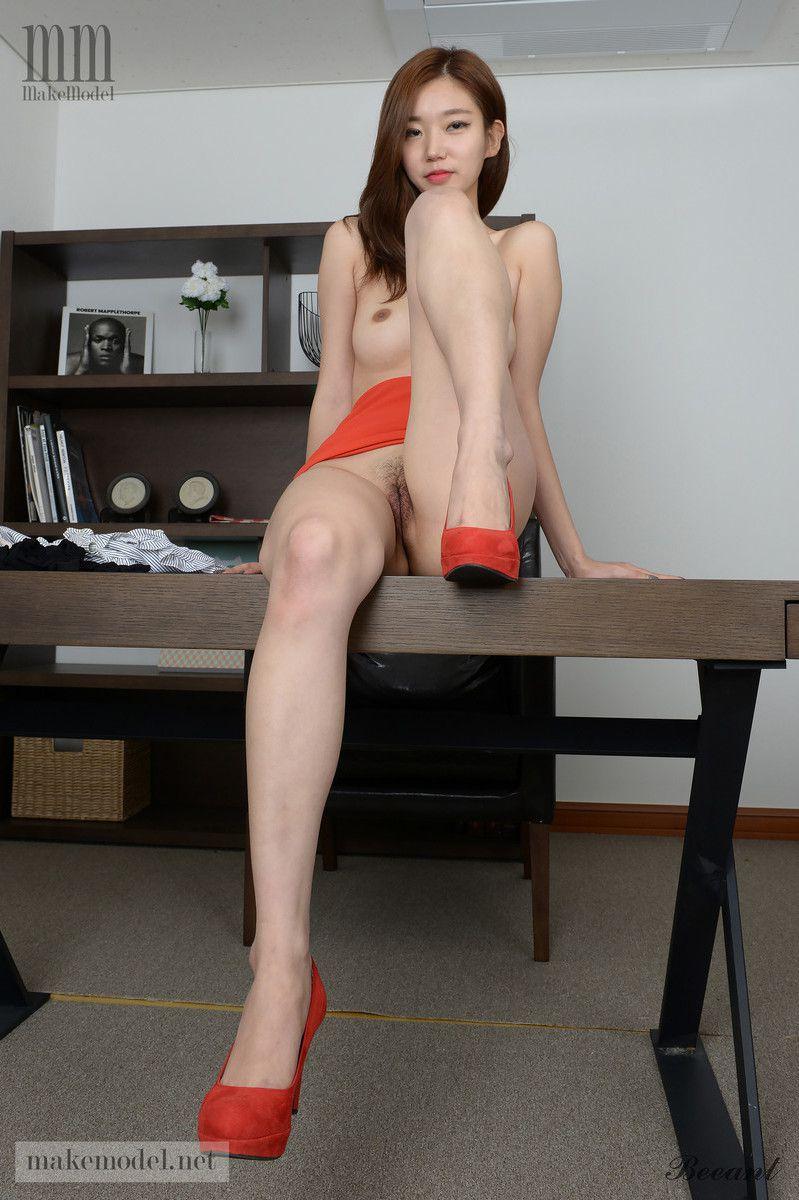 Magnificent long-legged Japanese..